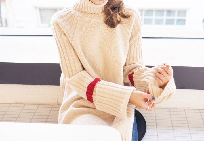 red point turtle knit